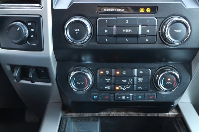 Used 2019 Ford Super Duty F-250 SRW Lariat Pickup 4D 6 3-4 ft