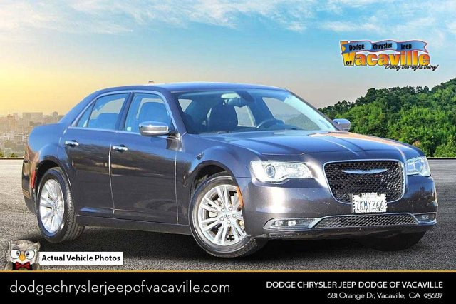 2015 Chrysler 300 300C 4dr Sdn 300C RWD Regular Unleaded V-6 3.6 L/220 [0]