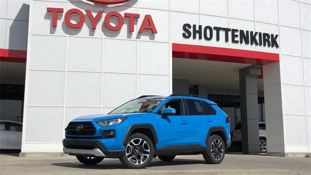 Used 2019 Toyota RAV4 in Quincy, IL