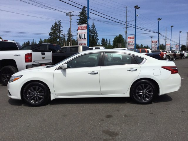 Used 2016 Nissan Altima 4dr Sdn I4 2.5