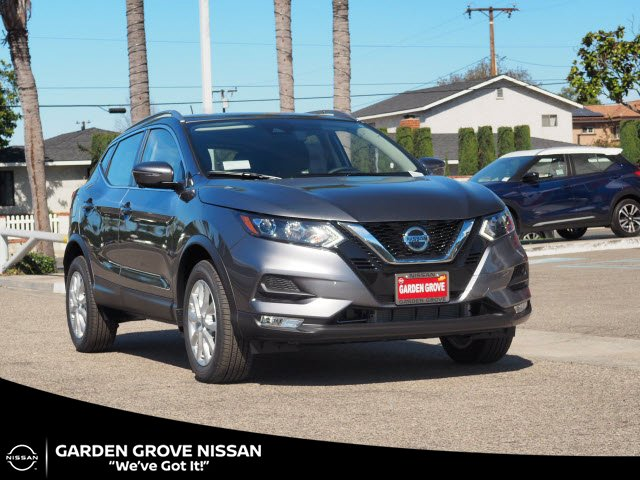 2020 Nissan Rogue Sport SV FWD SV Regular Unleaded I-4 2.0 L/122 [1]