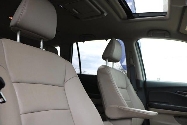 Used 2017 Honda Pilot Touring AWD