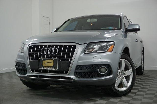 Pre-Owned 2011 Audi Q5 3.2L Premium Plus