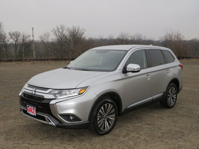 Used 2019 Mitsubishi Outlander in Akron, OH