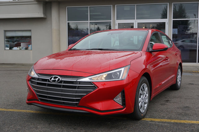 New 2020 Hyundai Elantra in Edmonds Lynnwood Seattle Kirkland Everett, WA