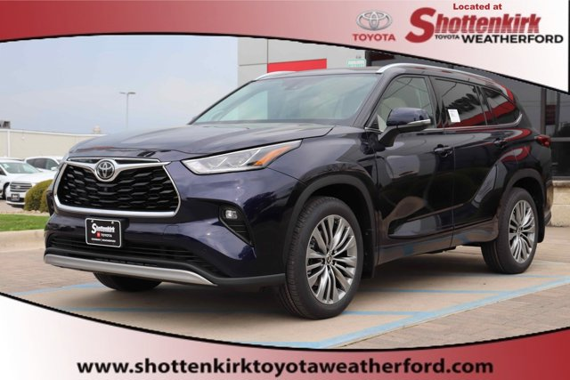New 2020 Toyota Highlander in Granbury, TX