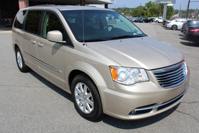 Used 2016 Chrysler Town & Country in Milledgeville, GA