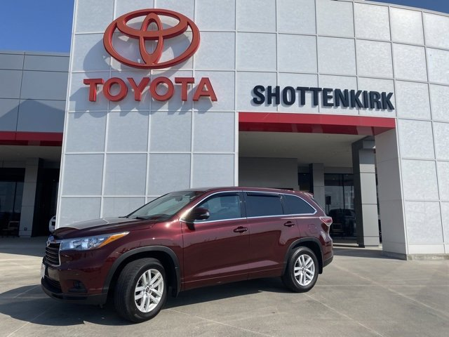 Used 2016 Toyota Highlander in Quincy, IL