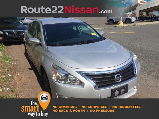 2015 Nissan Altima 2.5 S 4dr Sdn I4 2.5 S Regular Unleaded I-4 2.5 L/152 [16]