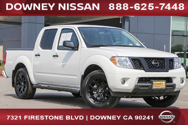 2020 Nissan Frontier SV Crew Cab 4x2 SV Auto Regular Unleaded V-6 3.8 L/231 [2]