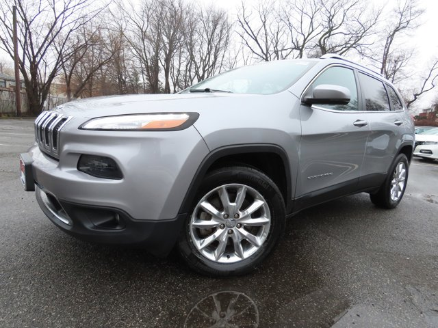 Used 2016 Jeep Cherokee in Paramus, NJ