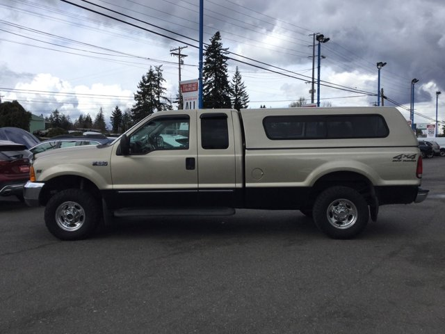 Used 2000 Ford Super Duty F-250 Supercab 158 Lariat 4WD