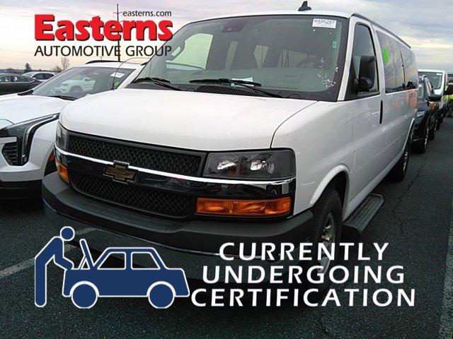 2019 Chevrolet Express Passenger LT Full-size Passenger Van