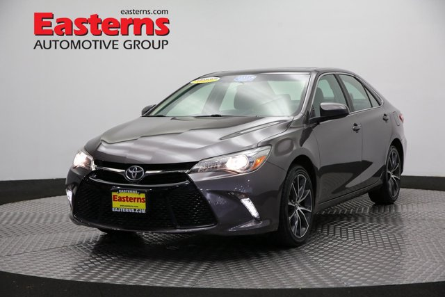 2017 Toyota Camry XSE 4dr Car