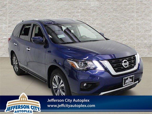 New 2019 Nissan Pathfinder in Jefferson City, MO