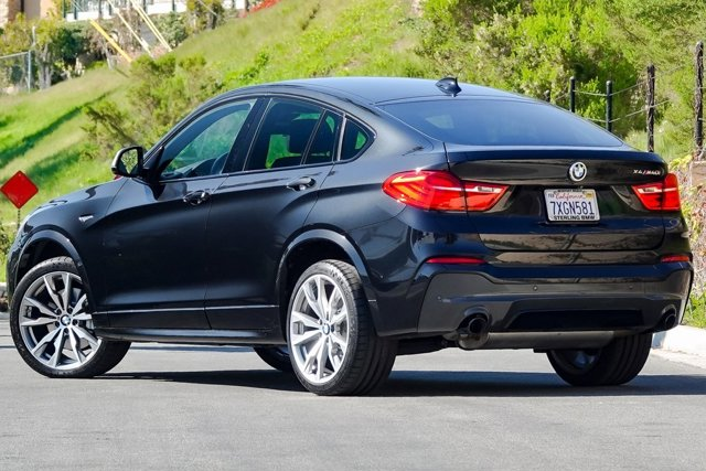 2017 BMW X4 M40i Sports Activity Coupe