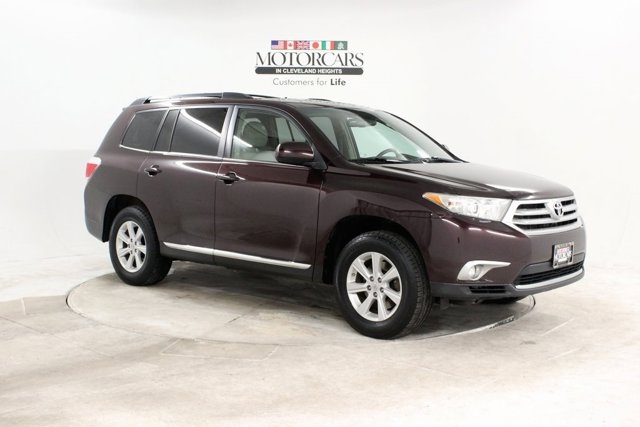 Used 2011 Toyota Highlander in Cleveland, OH