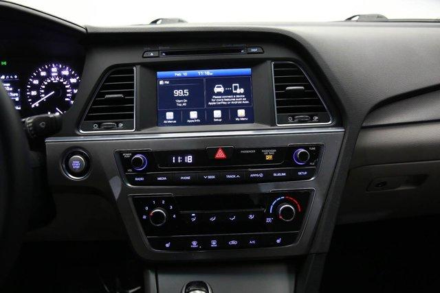2017 Hyundai Sonata for sale 123704 10