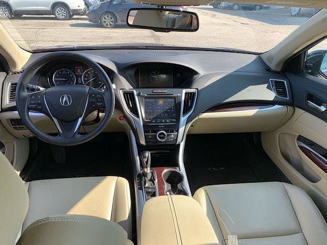 2016 Acura TLX 4dr Sdn FWD photo