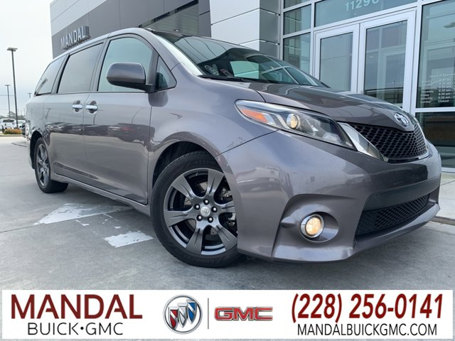 Used 2017 Toyota Sienna in D'Iberville, MS