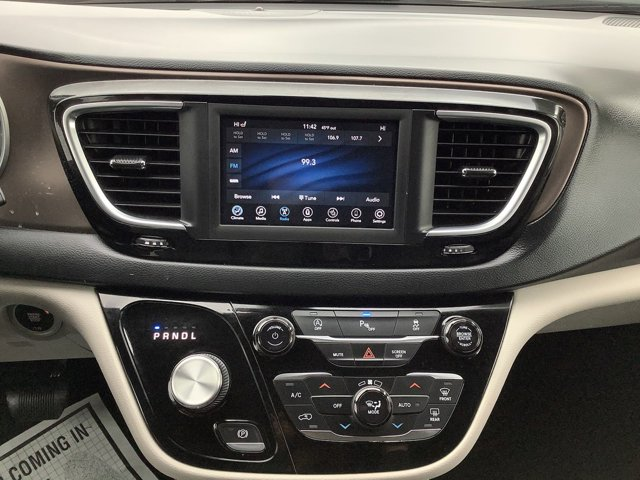 Used 2019 Chrysler Pacifica Touring L FWD