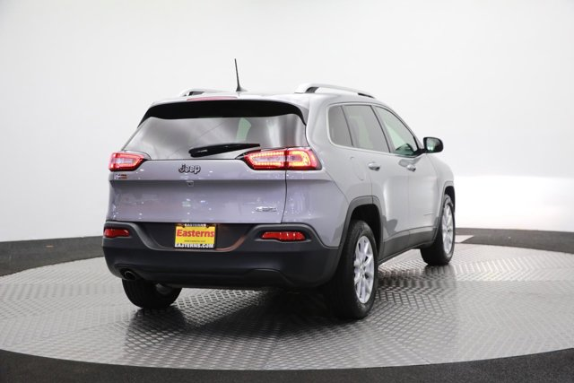 2017 Jeep Cherokee for sale 120138 4