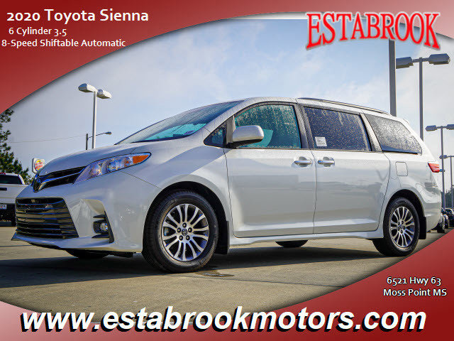 New 2020 Toyota Sienna in , MS