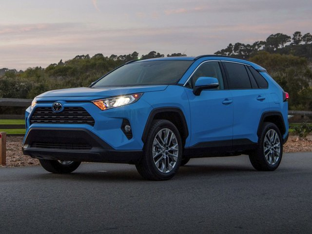 New 2020 Toyota RAV4 in Cleveland, OH