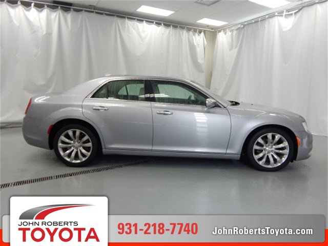 Used 2018 Chrysler 300 in Manchester, TN