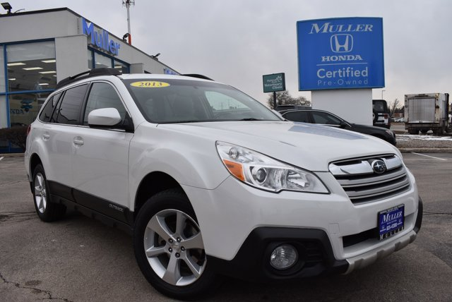 Used 2013 Subaru Outback in Highland Park, IL