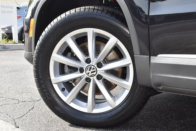 2017 Volkswagen Tiguan Wolfsburg Edition 21