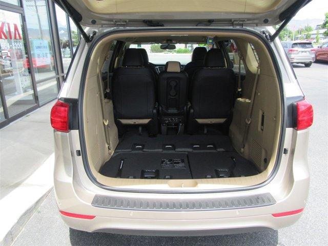 New 2016 Kia Sedona Back up Camera, Heated seats