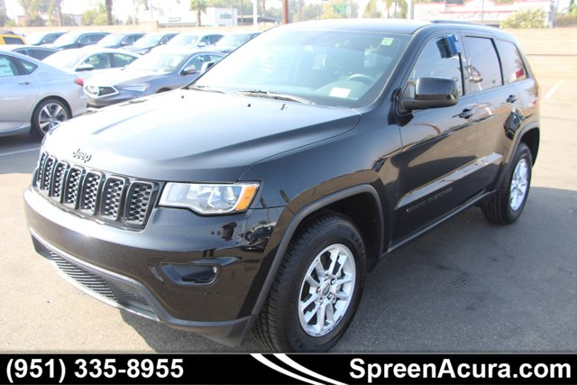 2018 Jeep Grand Cherokee Laredo Laredo 4x2 *Ltd Avail* Regular Unleaded V-6 3.6 L/220 [2]