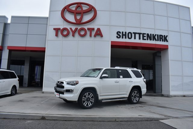 New 2019 Toyota 4Runner in Quincy, IL
