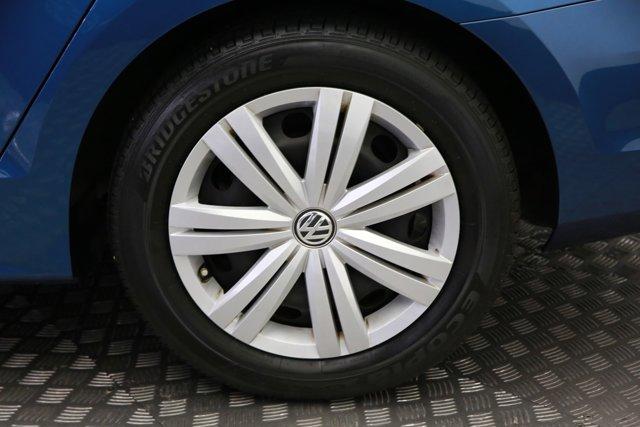 2017 Volkswagen Jetta for sale 124242 29