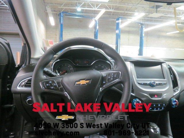 Used 2018 Chevrolet Cruze 4dr Sdn 1.4L LT w-1SD