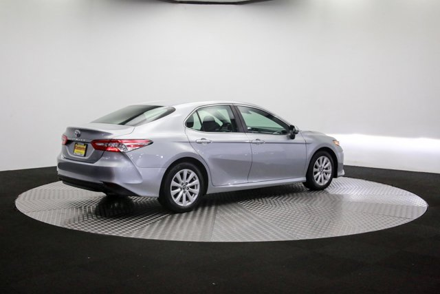 2018 Toyota Camry for sale 121811 35