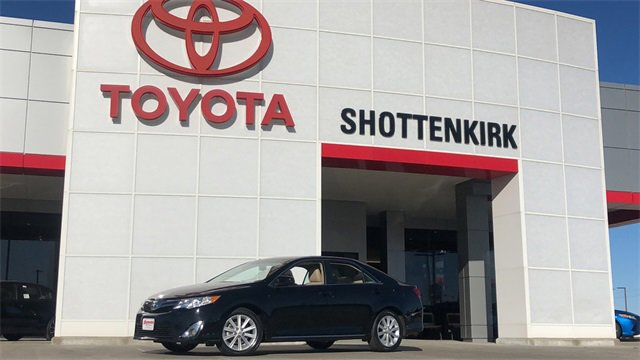 Used 2014 Toyota Camry in Quincy, IL