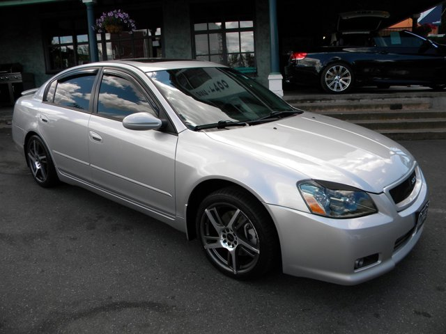 Used 2005 Nissan Altima 4dr Sdn V6 Manual 3.5 SE