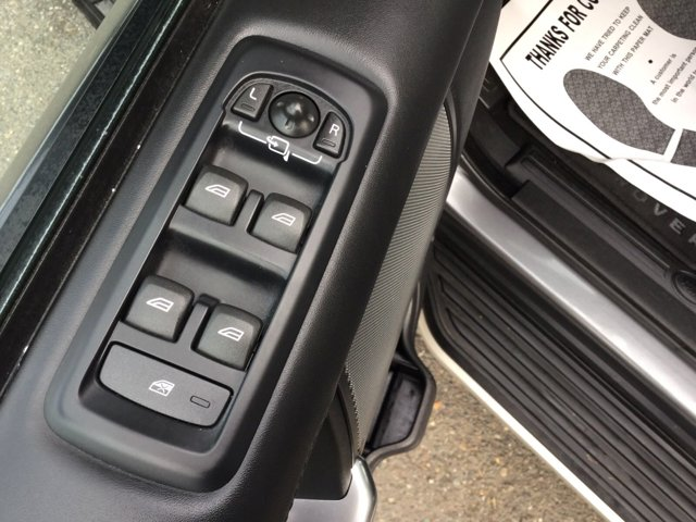 Used 2016 Land Rover LR4 4WD 4dr HSE LUX