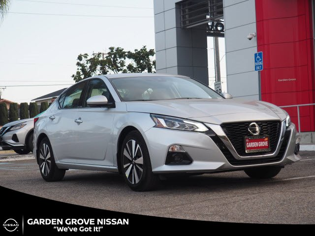 2020 Nissan Altima 2.5 SV 2.5 SV Sedan Regular Unleaded I-4 2.5 L/152 [8]