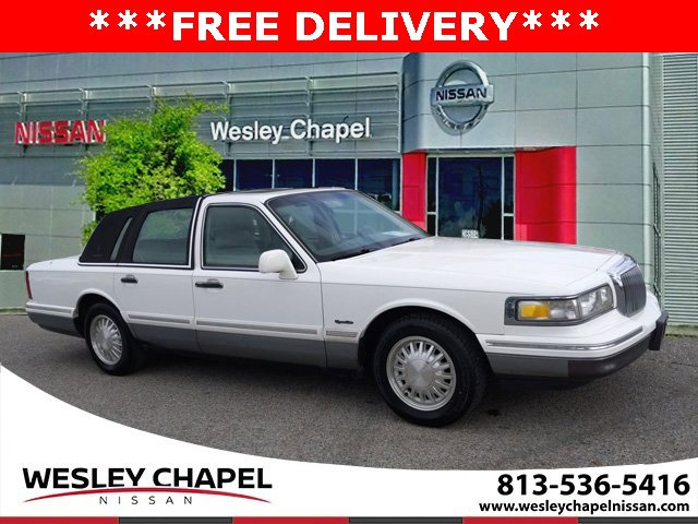 Used 1997 Lincoln Town Car in Wesley Chapel, FL