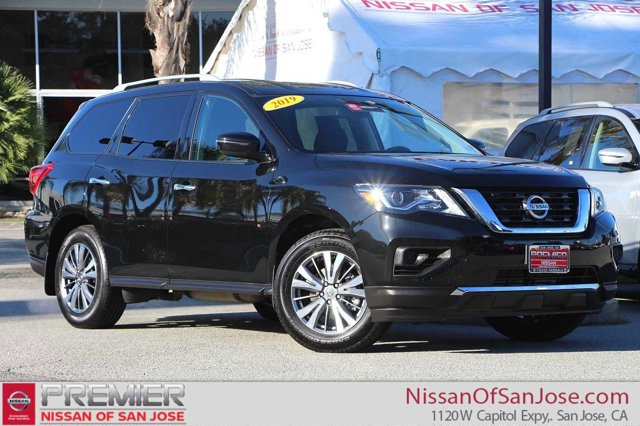 Used 2019 Nissan Pathfinder in , CA