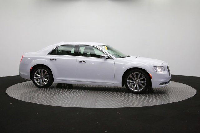 2019 Chrysler 300 for sale 122416 41
