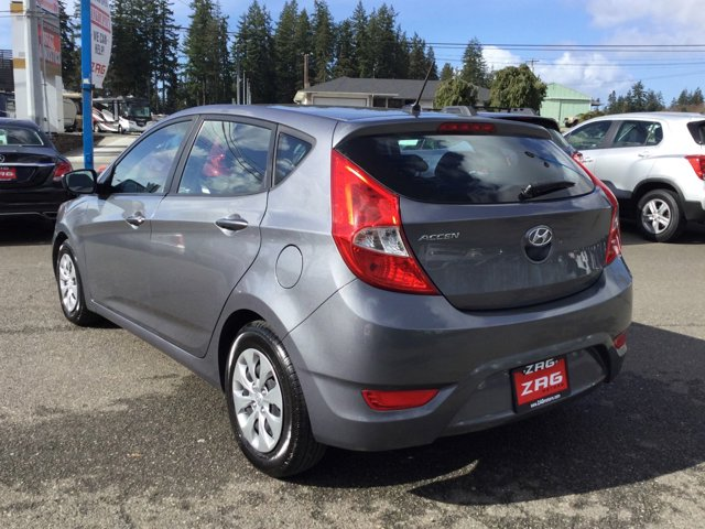 Used 2017 Hyundai Accent SE Hatchback Auto