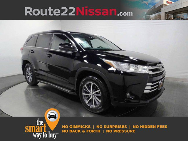 2017 Toyota Highlander XLE XLE V6 AWD Regular Unleaded V-6 3.5 L/211 [2]