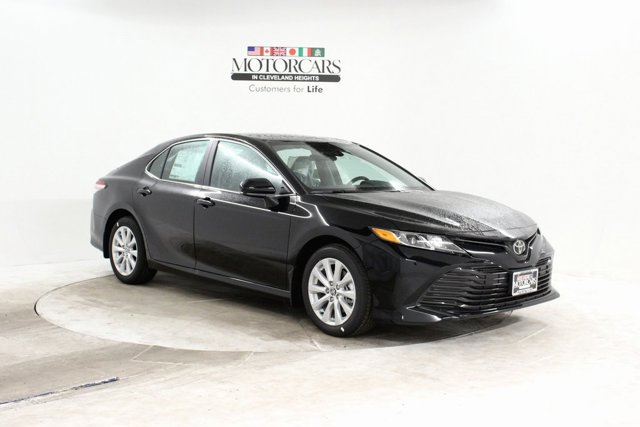 New 2020 Toyota Camry in Cleveland, OH