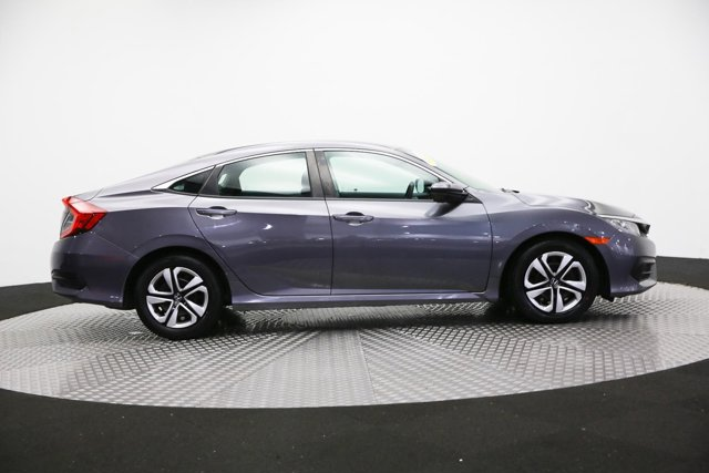2017 Honda Civic 124268 3
