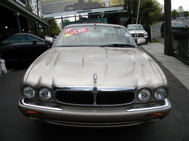 Used 2000 Jaguar XJ 4dr Sdn