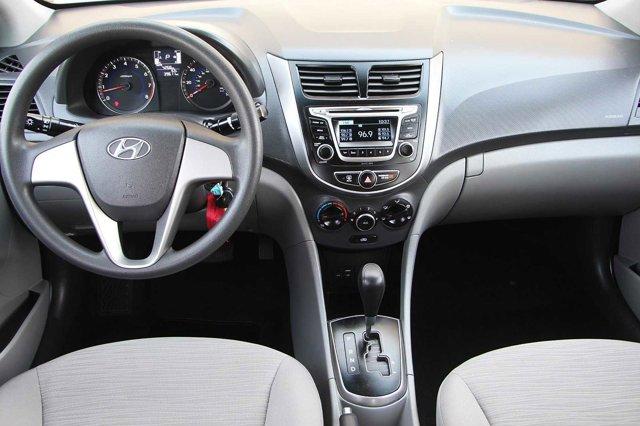 2017 Hyundai Accent SE 15